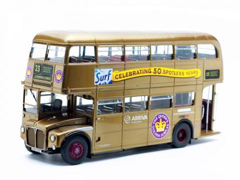 Sunstar Golden Routemaster 50th Anniversary Model